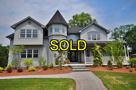 Front of luxury home at 2 Victorian Lane, Fairfield, NJ - now sold!